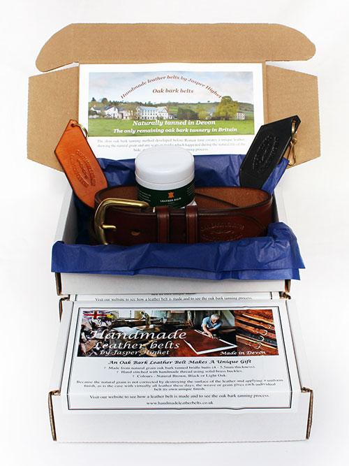 Handmade leather belts presentation box
