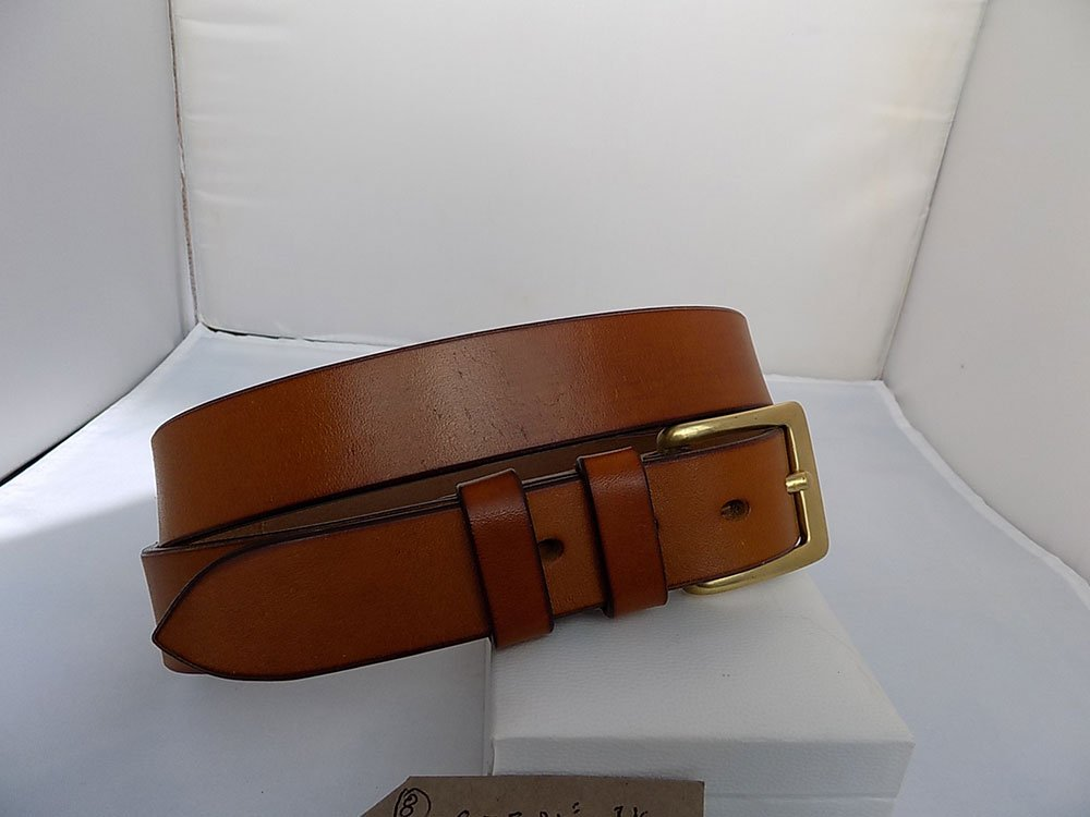 "34"" Classic, Light Oak, 1 ¼"" wide, Brass square buckle"
